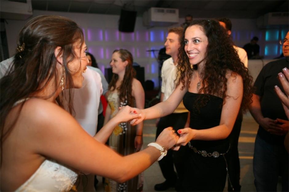 רקדניות ורקדנים לאירועים