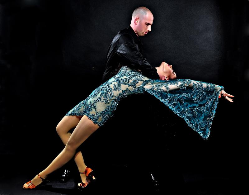 ריקוד רומבה - לימוד ריקודים סלוניים ולטיניים לרקוד מהלב
