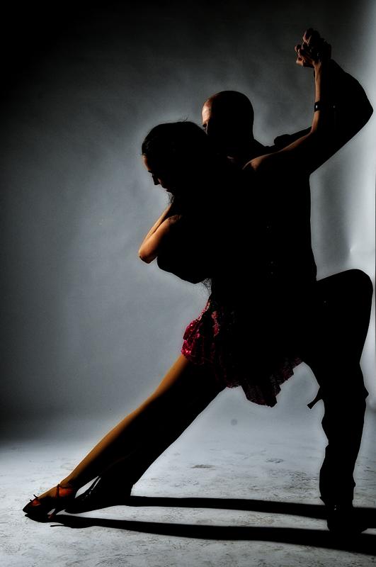 לימוד ריקודי זוגות בסטודיו לרקוד מהלב