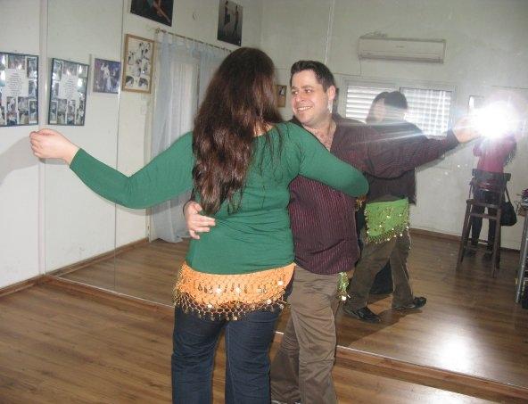 לימוד ריקודי בטן
