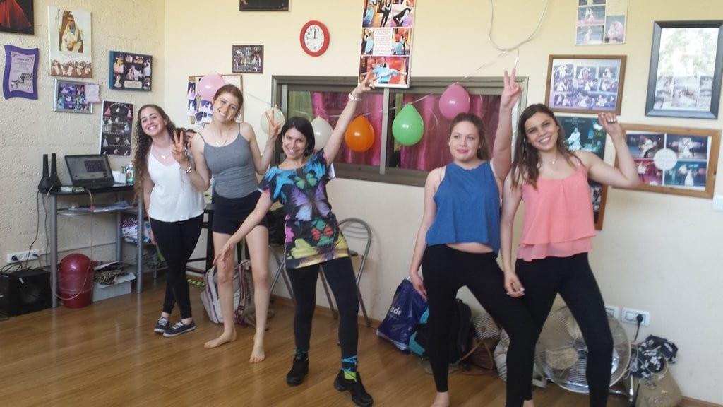 סדנת ריקוד ליום הולדת מיוחדת לנשים
