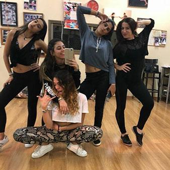 סדנת ריקוד לנשים/בנות