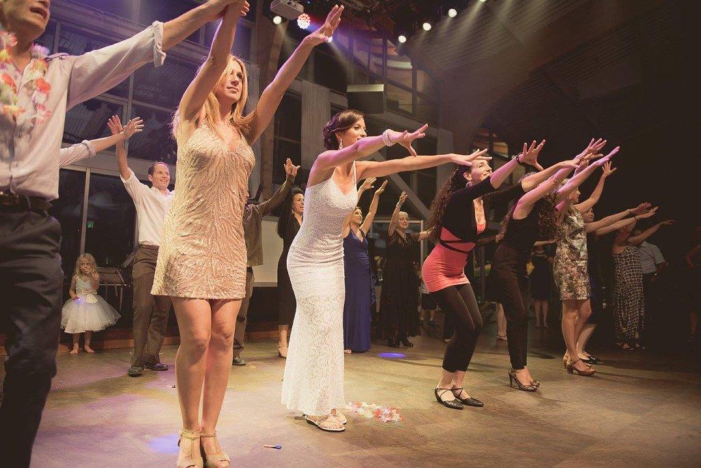 ריקוד פלאש מוב בחתונה עם שרון גרוסמן - סטודיו לרקוד מהלב