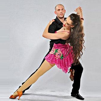 סדנת סלסה בסטודיו לרקוד מהלב